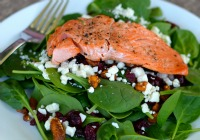 5-Ingredient dinner: Spinach salad with grilled salmon