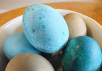 How to ruin Easter with natural egg dyes