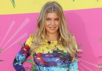 Celebrity mom maternity style steals: Fergie