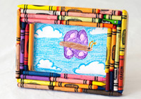 DIY recycled crayon crafts