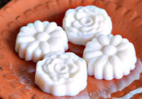 DIY solid lotion bar recipe
