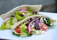 Fast Greek chicken pita dinner