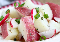Healthy potato salad with radishes &amp; vinaigrette