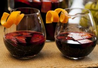Holiday sangria: Red or white?