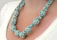 How to make a fabric covered necklace