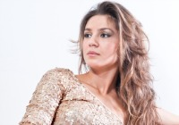 How to wear sequins this holiday season