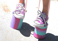 Kid craft: Can stilts
