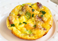 Mini frittatas with prosciutto and Parmesan cheese
