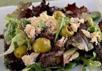 Mixed greens, albacore tuna and green olives with truffle oil