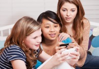 How to protect tweens from online bullying