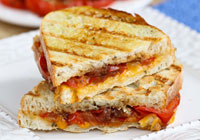 Roasted tomato & grilled cheese sandwich