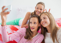 Selfies leading to head lice?