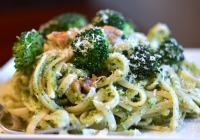 Speedy weeknight broccoli pesto pasta