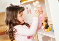 Teaching independence through play