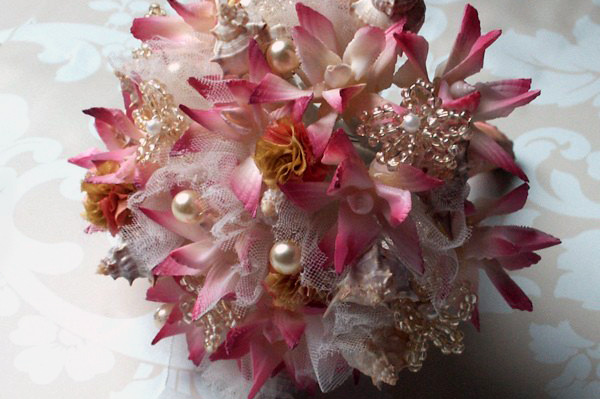 Over the past few months brooch bouquets have quickly become the talk of