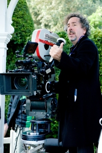 Tim Burton directing Alice in Wonderland