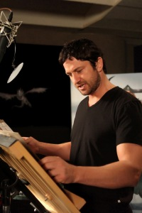Gerard Butler records Dragon