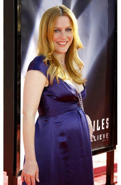 gillian anderson pregnant