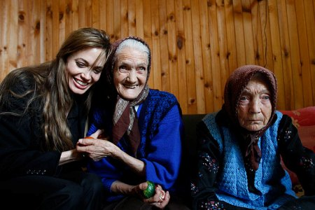 Angelina Jolie and Brad Pitt visit Bosnia