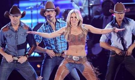 Laura Bell Bundy rocks the Academy of Country Music Awards