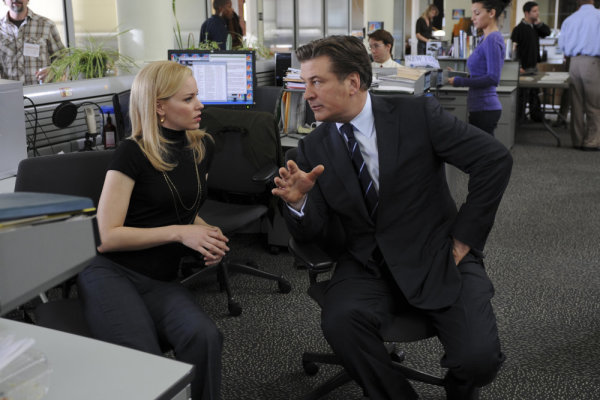 Elizabeth Banks and Alec Baldwin in 30 Rock