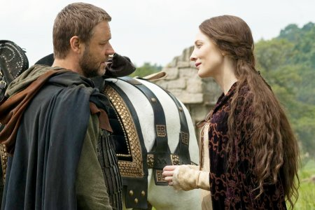 Russell Crowe and Cate Blanchett in Robin Hood