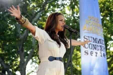 Alicia Keys baby news!