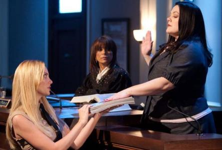 April Bowlby, Paula Abdul and Brooke Elliott in Drop Dead Diva