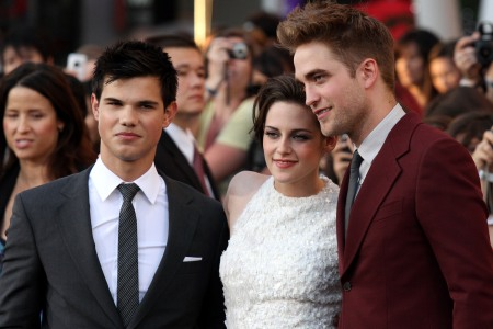 Taylor Lautner, Kristen Stewart and Robert Pattinson at the Eclipse premiere