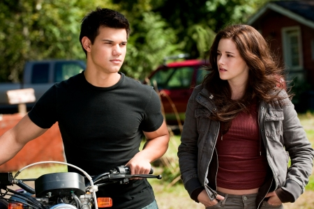 Taylor Lautner and Kristen Stewart in Eclipse