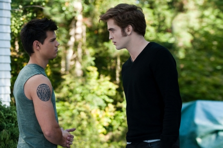 Taylor Lautner and Robert Pattinson in Eclipse