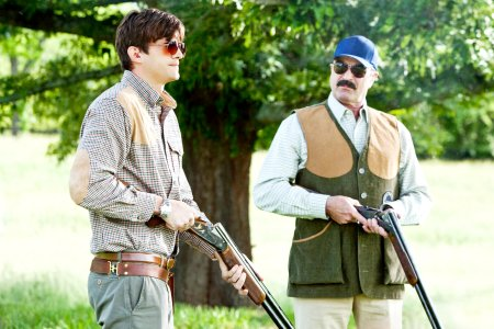 Ashton Kutcher and Tom Selleck in Killers