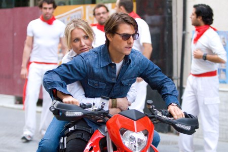 Cameron Diaz and Tom Cruise in Knight and Day