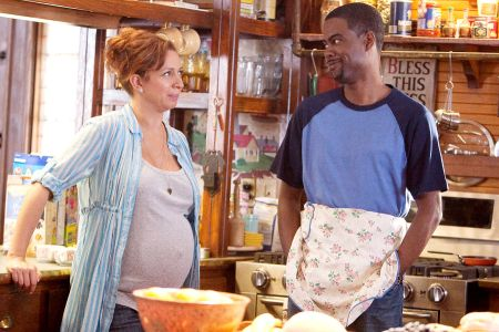 Maya Rudolph and Chris Rock in Grown Ups