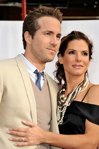 Ryan Reynolds and Sandra Bullock