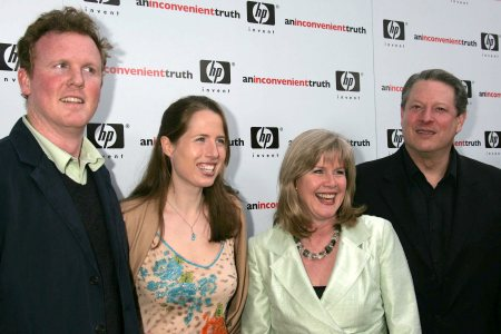 Drew Schiff, Karenna Gore, Tipper Gore and Al Gore in happier times