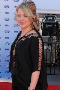 American Idol cancels 8 shows