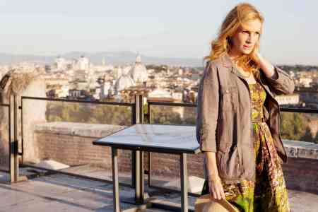 Julie Roberts in Eat Pray Love