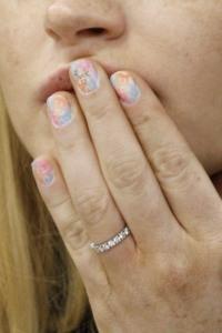 Lindsay Lohan: The nails say it all