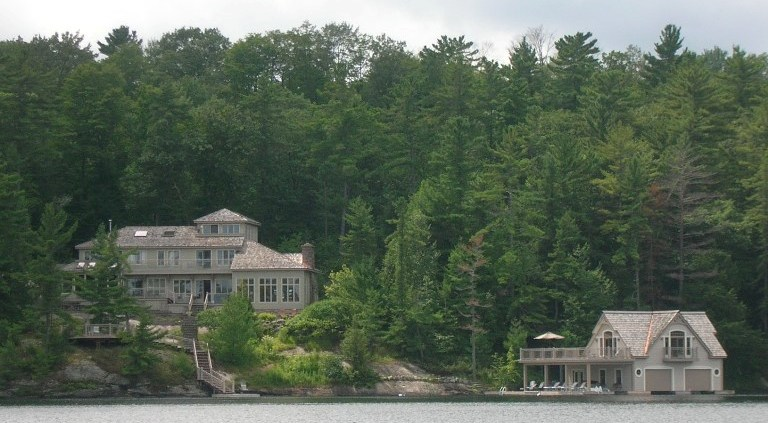 Goldie Hawn's cottage on lake joseph