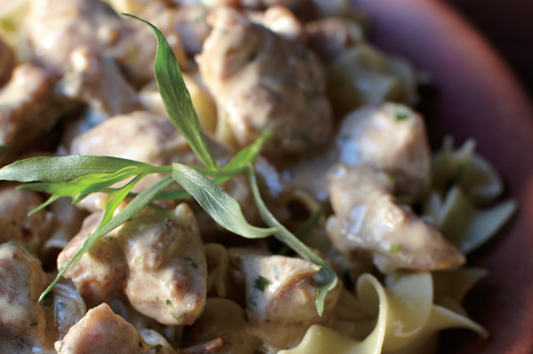 Chicken stroganoff with tarragon and mustard recipe