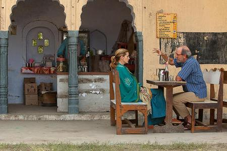 Julia Roberts and Richard Jenkins in Eat Pray Love