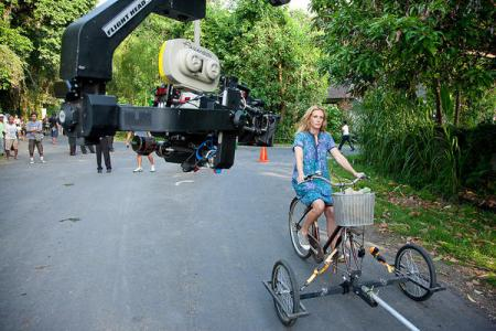 Julia Roberts filmed by Ryan Murphy on Eat Pray Love