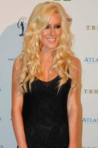 Heidi Montag caught in the act