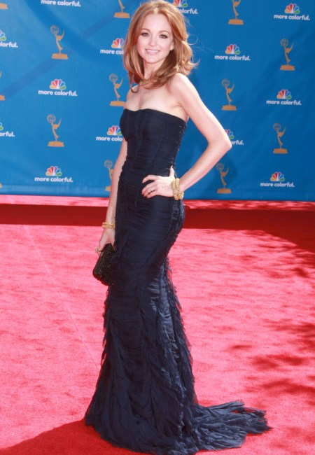 Jayma Mays looks Gleeful on the Emmys red carpet
