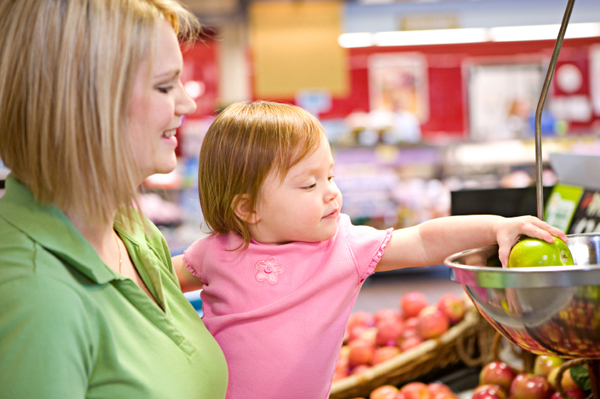Mom shopping with toddler