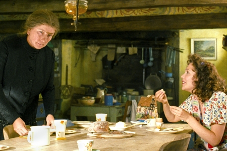 Nanny McPhee Returns stars Emma Thompson and Maggie Gyllenhaal