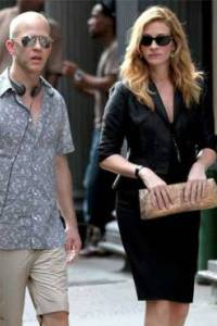Ryan Murphy and Julia Roberts