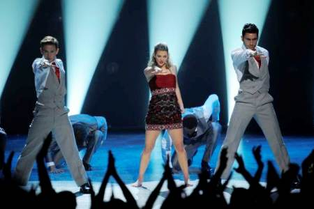 The top 3 strut their stuff on the So You Think You Can Dance finale