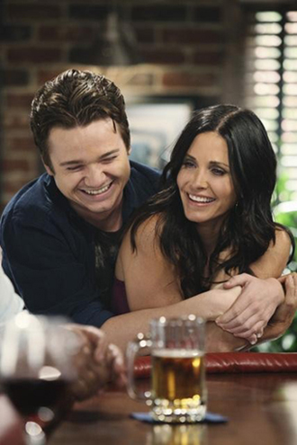 Cougar Town preview episode